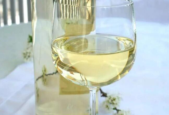 长相思白葡萄酒