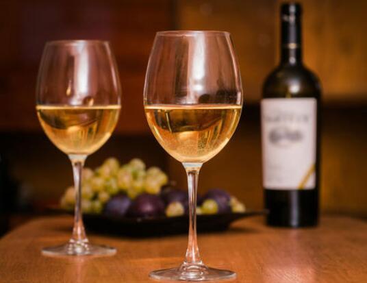 波尔多干白葡萄酒
