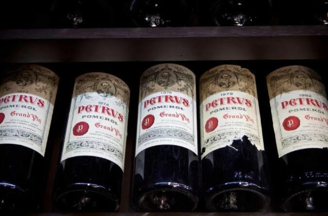 柏图斯酒庄葡萄酒